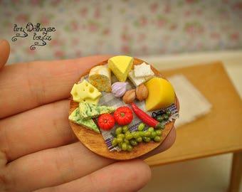 Mixed cheese cutting board food Miniature Dollhouse miniature food cheese Board grapes grapes