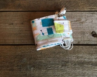 Wallet and Earbud Holder, robots and robot dogs