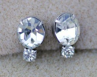 Prong Set Rhinestone Screw Back Earrings Vintage