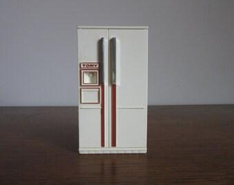 1970's Modern Dollhouse Kitchen, Vintage Mod Tomy Doll House Refrigerator, Ivory Fridge, Appliances, Moving Parts, Retro Miniature Storage