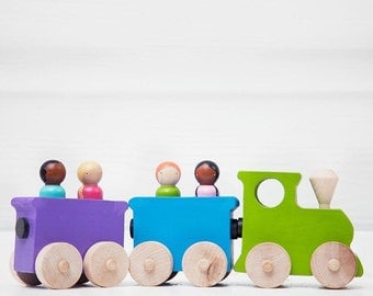 Wooden Toy Train Engine Set // Peg Doll Train // Train Conductor Peg Dolls // Wooden Vehicle // Wooden Toys
