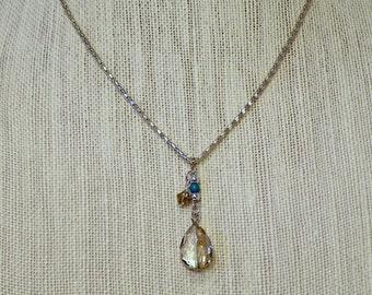 Pale Grey Pendant necklace