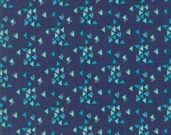 1/2 Yard - Spectrum Ombre - Triangles - Indigo - V and Co - Vanessa Christenson - Moda Fabrics - Fabric Yardage - 10862-16