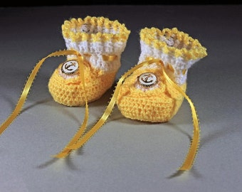 Yellow Baby Booties, Crochet, Unisex Baby Booties, Handmade, Infant Booties, 0-3 months, Ribbon Ties, Baby Shower Gift