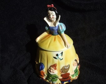 Vintage Enesco HTF Snow White and the Seven Dwarves Cookie Jar , Signed Walt Disney , Rare 1970s Cookie Jar Made in Japan