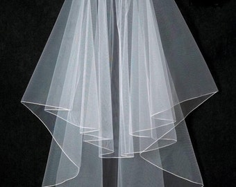 Two Layer Pencil Embroidery Edge Fingertip Length Wedding Veil