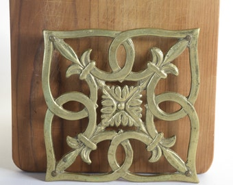 Vintage Brass Trivet Glo Mar New York Kitchen Trivet Brass Decor Ornate Brass Fleur De Lis Design Boho Decor Pot Trivet Metal Hot Plate