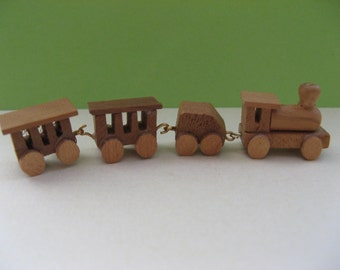Miniature wooden train;  vintage, handmade, 4 pieces, erzgebirge