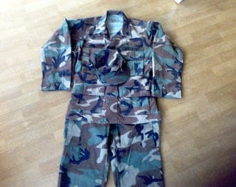 Army Fatigue Uniform,Size Small,Pants ,Jacket, Hat, Woodland Camouflage,Airborne, adult size small