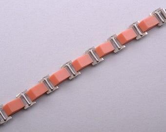 Plastic And Chrome Art Deco Bracelet (753s)