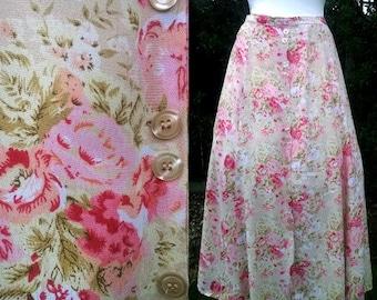 Vintage floral skirt Quaint Cottage Garden Skirt Roses Cream Pink   Dainty   Floral Spays  10-12