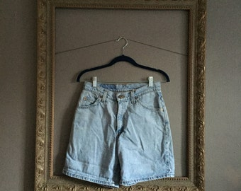 levi's denim high waisted jean shorts