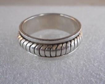 Vintage Sterling Silver Spinner Wedding Band Size 12 1/4, Articulated Design Ring