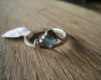 Sterling Silver Blue Aquamarine Clear CZ ring 8.25 (57)