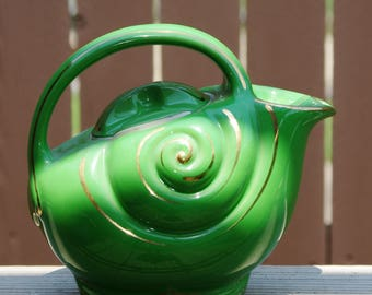 Teapot, Vintage Hall China Co, Surfside Style Teapot, Rare and Unique, Green with Gold Trim,  6 Cups  Made in USA