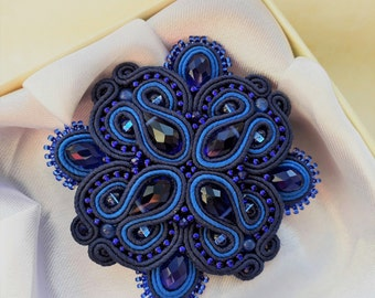 brooch coutache