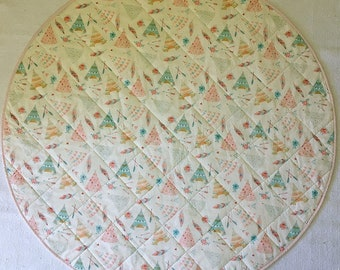Round Baby Quilt/Play Mat, Teepees Front and Grey With White Polka Dots Back