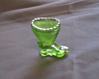 L. E.Smith Green Glass Victorian Boot Match Striker