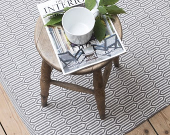 Scandinavian patterned grey floor runner & rug