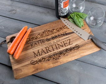Cutting Board, birthday gift ideas, birthday gifts for mom, cool gift, gift for her, gift for mom, gift idea for mom, monogram cutting board