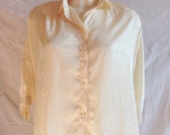 Blouse / shirt / top vintage ecru, 3/4 sleeves, size F 44 / 46, USA 35, UK 16 / 18.