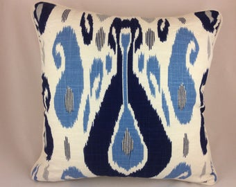 Duralee Pillow Cover in John Robshaw Fazil in blue-Handprinted Sulu Ikat Woven, Ivory Linen Backing