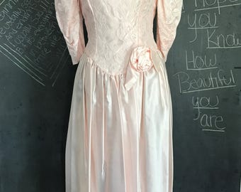 1980's Vintage Prom Gown - Dance Allure for Alfred Angelo, Inc. - Light Peachy Pink - Lace - Grunge Glam - Kawaii Pink - Prom Dress - Dance