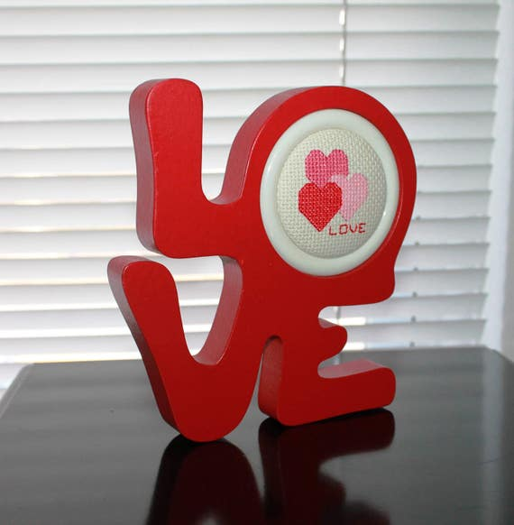 Philadelphia L-O-V-E Symbol Decroative Piece - Great on a Wall Shelf or Bookcase