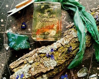 WOOD NYMPH | Natural Perfume Oil | Vetiver, Oakmoss, Violet | Sensual Spring Blend | Spiritual Gifts | Moss Agate | Bath & Beauty | Quartz