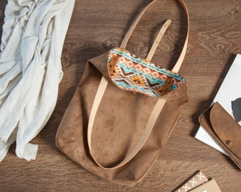 Suede slim tote // Vegetable tanned lined suede tote