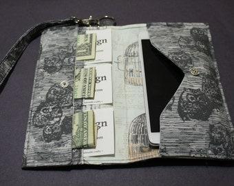 Owl themed cotton fabric Cellphone Wristlet, Wristlet Wallet, Phone Wallet, Womens Wallet, Cellphone Wallet