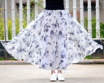 white floral skirt,maxi floral skirt,chiffon skirt,long summer skirt,chiffon maxi skirt,full skirt,long skirt,maxi skirt