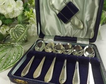 Teaspoons Silver Plate , 6 Boxed plus Sugar Tongs , Vintage