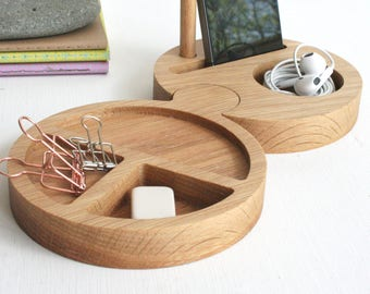 Chunky Natural Oak Desk Tidy - Round Desk tidy - Office tidy - Phone stand - gift for colleague - Desk Organiser - Office desk accessories