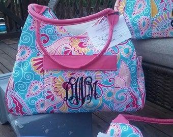 Monogrammed bag. Paisley print.
