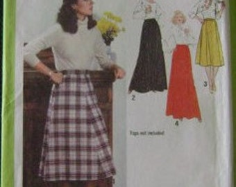 VINTAGE Simplicity Pattern 9066 Misses' Skirt in Two Lengths