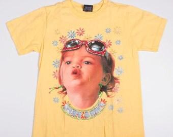 Vintage 90s Baby Print Tshirt