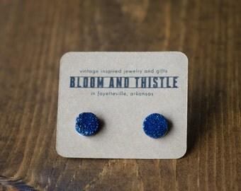 The Vera (cobalt blue) : druzy stud earrings