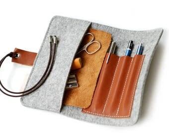 Wool felt & leather pin cushion spring bag, grey