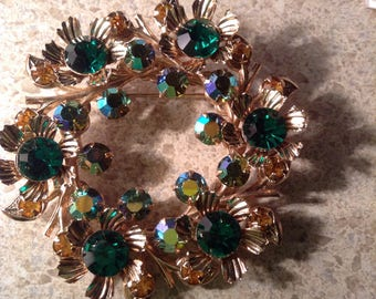 Vintage Juliana green ab brooch gold tone