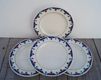 Bread Plates (Set of 4) - Adams - Veruschka Pattern