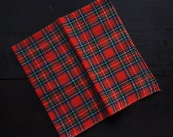 Vintage unused cotton handkerchief tartan red green