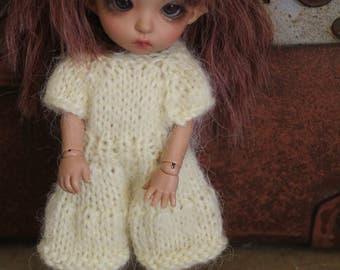 Pukifee lati yellow outfit hand knitted