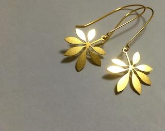 Gold leafs, Gold leaf earrings, long dangle elegant earrings, Everyday jewelry, Minimalist Modern design, Cannabis, Marijuana Earrings