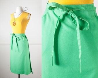 Green Wrap Skirt, 70s Skirt, Kelly Green Skirt, High Waist Skirt, MIDI Skirt, 80s skirt, knee length skirt, minimalist clothing modest skirt