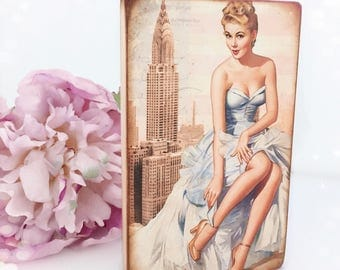 Vintage Pin Up Girl Standing Plaque...