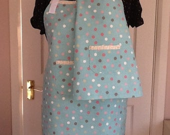 Matching mum and daughter full aprons