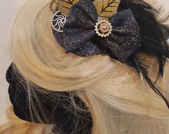 Black and gold  steampunk fascinator. Victorian burlesque.