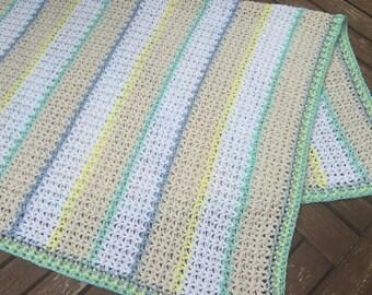 Crochet baby blankets in pastel colors