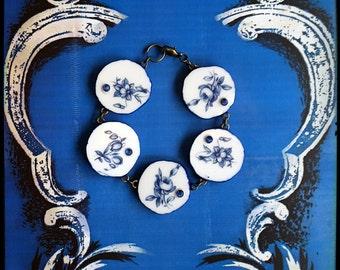 Handmade broken china blue and white flowers bracelet